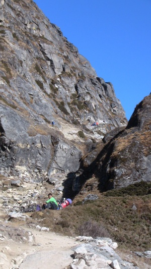 The trail to Gokyo